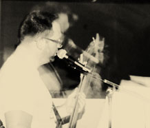 bassist-jim-senderhauf-on-the-mic